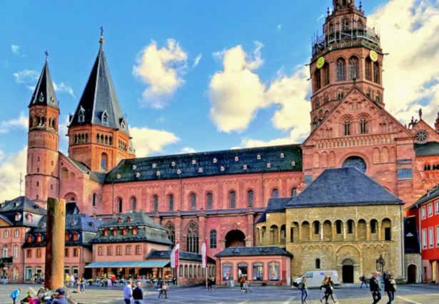 Planwagenfahrt Mainz